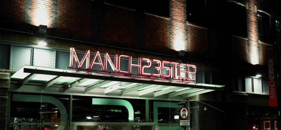Manchester 235 screenshot 1