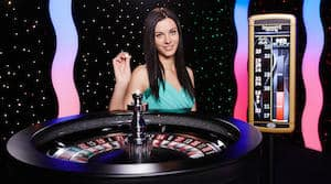 immersive_roulette_brunette_female_dealer