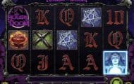 house of doom slot screenshot 250