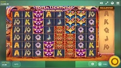 Totem Lightning Power Reels screenshot 2