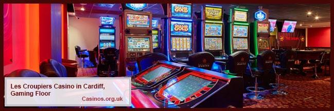 Kasino Les Croupiers di Lantai Permainan Cardiff